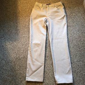 Gloria Vanderbilt beige Amanda jeans size 6